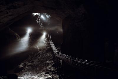 Под землей пещера Карелия под землей dark мост
