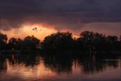 Закат в промежутке между грозами