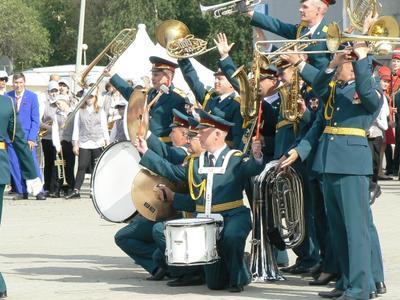 Принимайте нас! Новоуральск оркестр фанфары