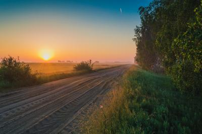 Рассвет по пути домой природа пейзаж лес поле речка рассвет небо
