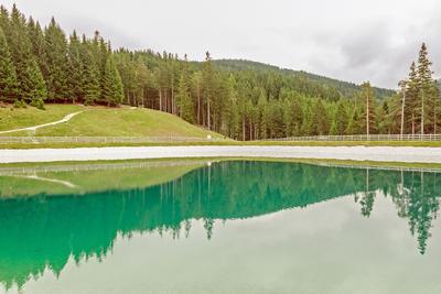 Озеро в Stubei Tall Озеро Stubei