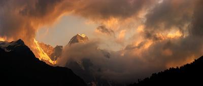игры заката Приэльбрусье, горы, закат, облака, Кабардино-Балкария
