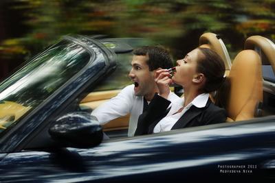 Ваша жена будет намного внимательней за рулем, если напомнить ей, что в сводке происшествий всегда сообщается возраст водителя.