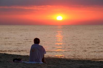 Балтийские закаты море, Зеленоградск, Куршкая коса, лето, закат, ожидание, мысли, отпуск, женщина, мужчина, любовь
