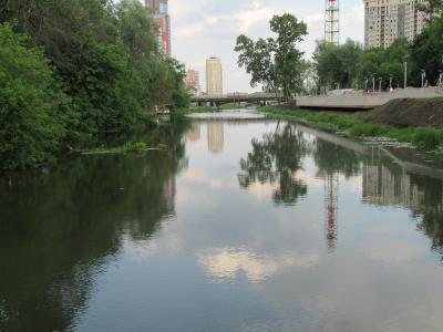 Река и город... река город