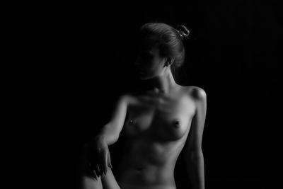 Силуэт. секс нагота красота девушка тело боди голая волосы грудь