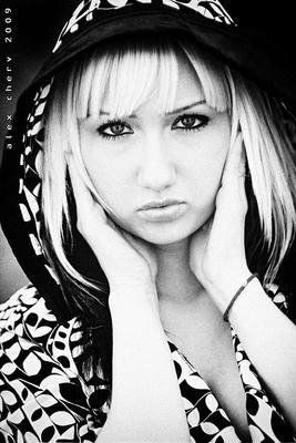 Ирина девушка ч/б фото
