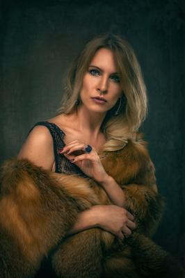 Елена* девушка портрет красивая студия женщина