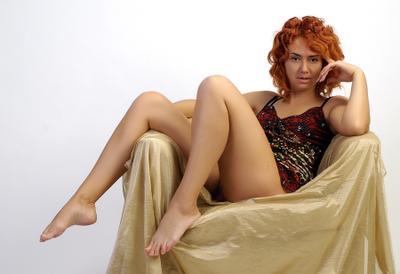 Про ирландский цвет волос рыжая девушка