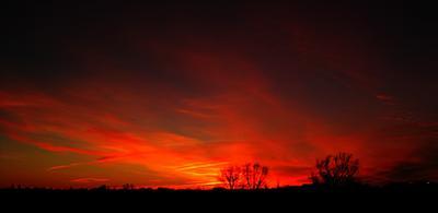В последнее мгновение небо вечер закат природа красный