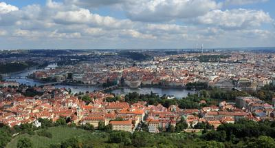 - Прага