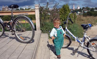 Лето в Боровске Боровск храм велосипед ребенок лето отдых