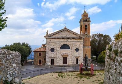 Старая церковь в Монтальчино. Брунелло Ди Монтальчино Sandro.Pavlov Тоскана Италия церковь