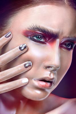 *** beauty fashion retouch lips mua portrait girl colors studio skin hair ретушь портрет бьюти мода губы тени макияж визаж кожа пластик wrap plastic