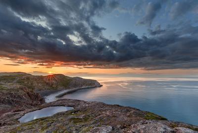 Закат у Баренцева моря