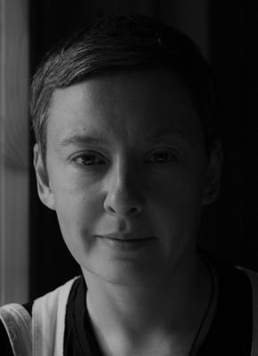 22.07.21. Портрет ( В кафе ). портрет женщина в кафе чёрно белая фотография