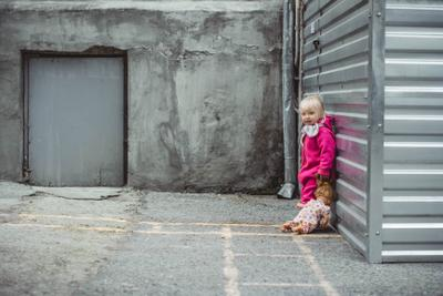 Среди серости... портрет дети настроение кукла жанр