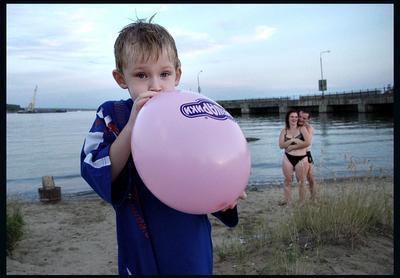 Мамин дядя подарил шарик.