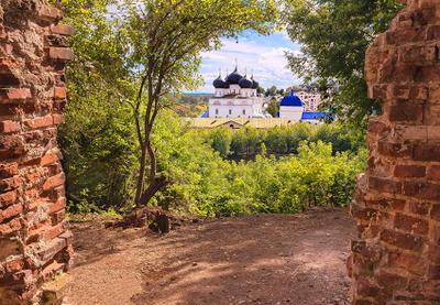 Вид на Трифонов монастырь Трифонов монастырь Киров