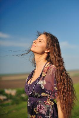 Touches солнце закат воздух ветер простор девушка