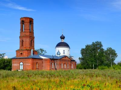 """Храм """"Покрова"""" (2) Храм """"Покрова"""". сельский храм. село Бурминка."""