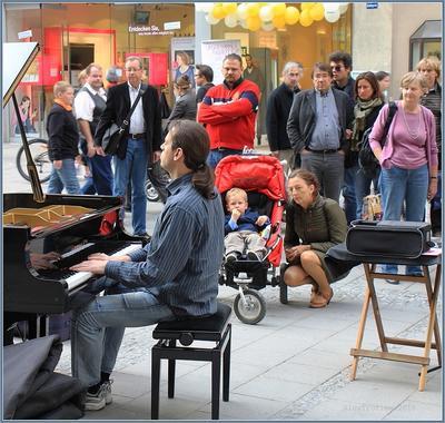 Beethoven's Piano Sonata 17 in D minor München Straßenmusikant