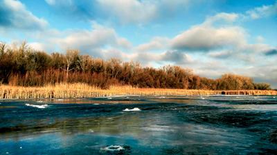 Зимнее озеро Зимняя рыбалка жерлицы озеро лёд подлёдная мормышка балансир зимние снасти