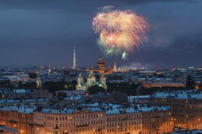 про салют в СПб санкт петербург петроград ленинград фонтанка коломна салют исаакий никольский