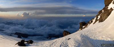 Вечер на Эльбрусе Эльбрус вечер скалы Ленца горы закат