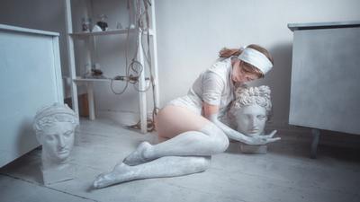 Marble girl gypsum paint model sculpture art beauty creativity Krasnodar Russia девушка гипс краска модель скульптура искусство красота творчество Краснодар Россия