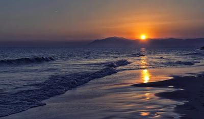 Вечернее море пейзаж вечер море горы закат