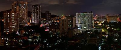 Вечерний Гуанчжоу город дома окна вечер свет старое новое теплое