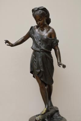 Чижов «Резвушка» девочка скульптура третьяковка Чижов Резвушка