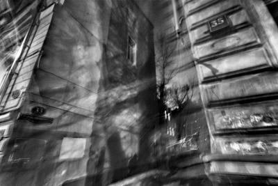 Староконюшенный Москва город улица переулок Староконюшенный дома ночь свет тень