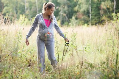 *** прогулка счастье радость беременность ожидание поле природа чистота любимец