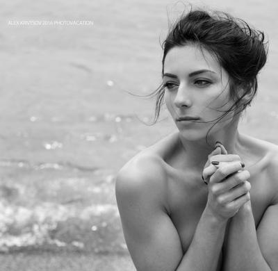 Настя девушка море портрет ню фотоканикулы фототур кривцов