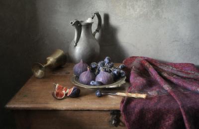 С виноградом и фигами