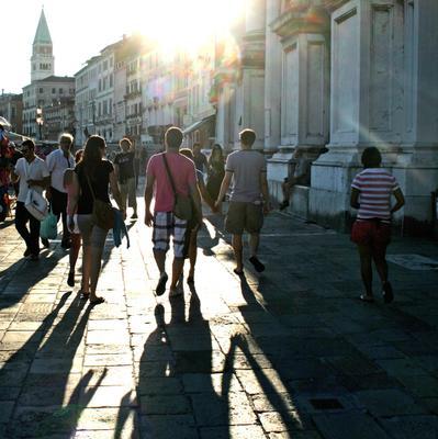 Воскресный вечер на набережной Венеции (вариант)