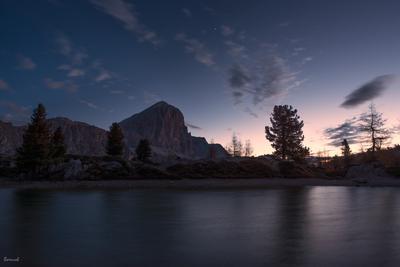 рассвет рассвет Доломитовы Альпы горное озеро