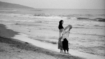 У самого синего моря море пейзаж пляж одиночество пленка