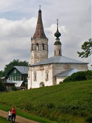 Суздаль - город застывший во времени. Суздаль церковь путешествия