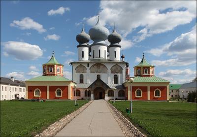 Успенский собор Тихвинский Успенский монастырь