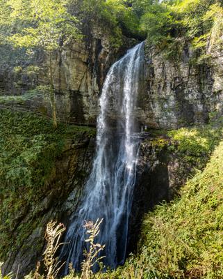 водопад Великан водопад горы
