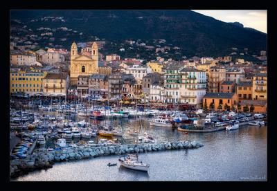 А завтра вновь кататься на волнах... Бастия, Корсика, порт, вечер