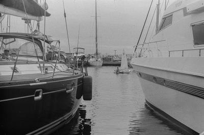 яхт-клуб Владивосток яхтинг море спорт пленка fomapen200 zenit Helios 58mm