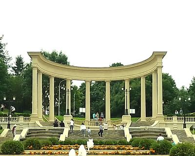 Арка каскадной  лесницы арка фонтаны