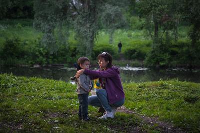 В вечерней тишине.... Река лето отдых семья вечер красота