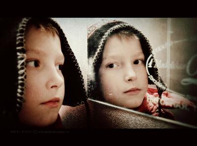 портрет 5 ребенок детский портрет глаза зеркало отражение