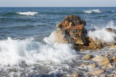 Вечность море волна брызги камень пена стихия счастье