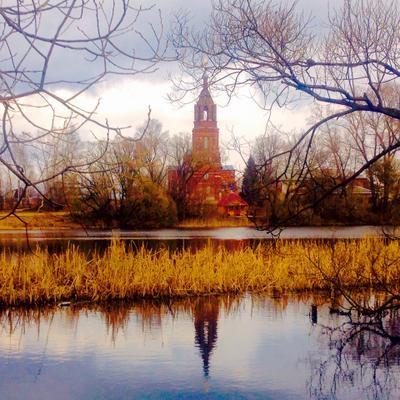 деревенская церковь храм церковь озеро природа вечер деревня россия весна